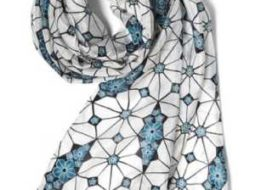 Белый женский шарф Avon Ким