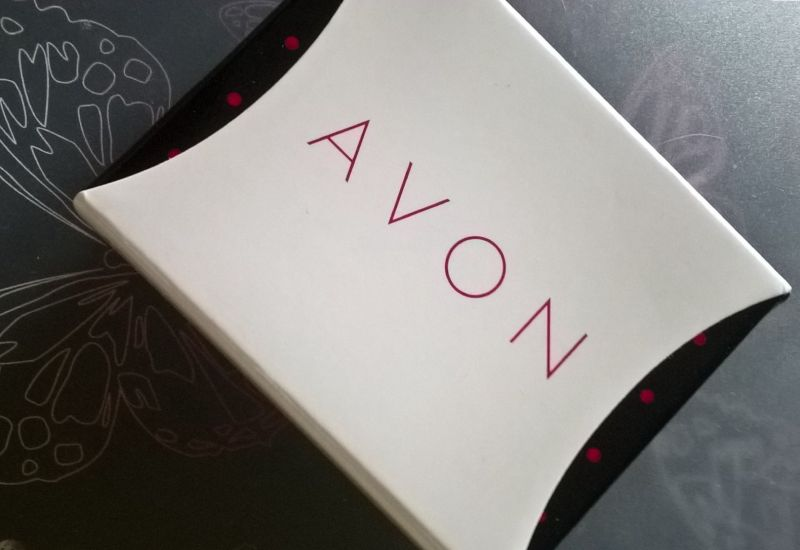 Набор сережек Avon «Фло»