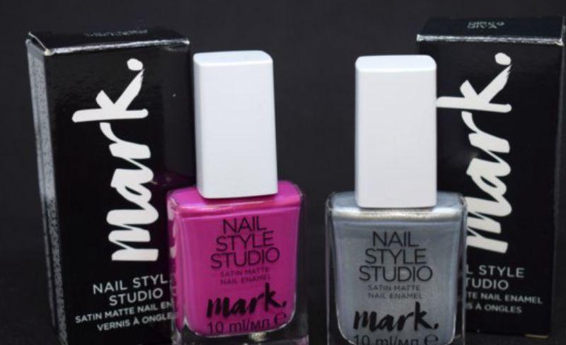 Глянцевый лак для ногтей Avon Mark «Дизайн-студия. Эффект сатина. Розовая иллюзия»