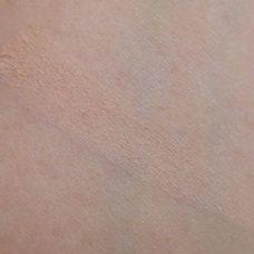Тональный матирующий крем–мусс Avon Mark